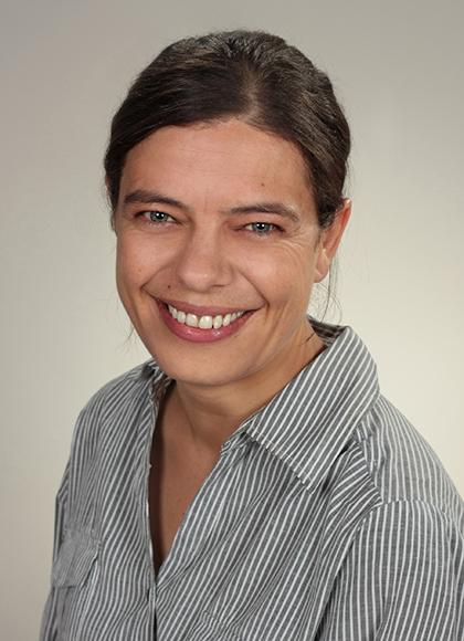 mgr Karen Kuhn
